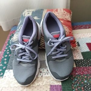 Nike running walking shoes size 7.5